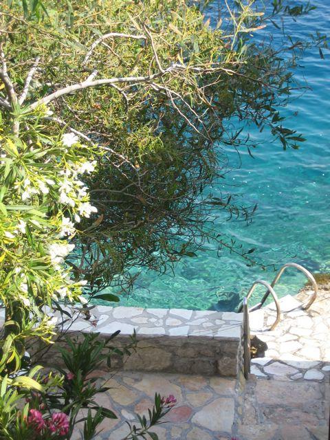 Île paradisiaque Chalki Rhodes Grèce